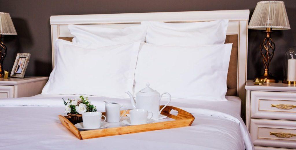 белая постель